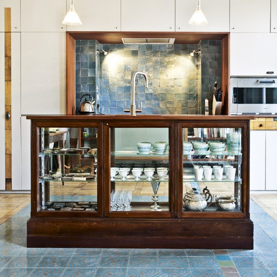 Kitchen Island Accessories: 10 Ways To Use Accessories To Refresh A
