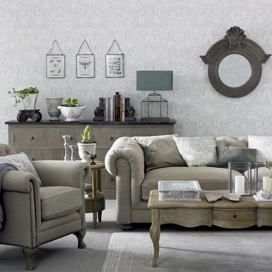 How To Mix And Match Furniture For Living Room: Grey Living Room With Chesterfield Sofa