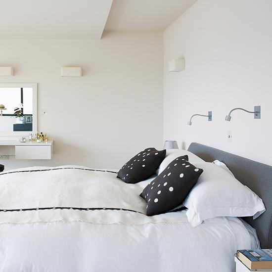 Bedroom Rendering Bedroom Ceiling Uplighters Childrens Bedroom Wallpaper Bedroom Black White: Bedroom Lighting Scheme With Minimalist Wall Lamps