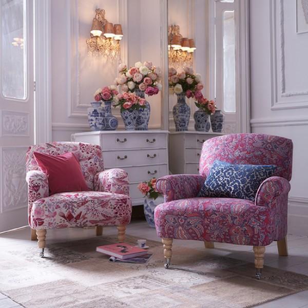 Floral Living Room Sets: Floral Print Sofa Trend For Spring 2015