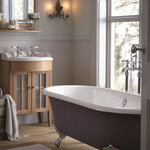 Heritage Bathrooms Victoria Bathroom Suite In White: How To Buy The Perfect Country-style Bath