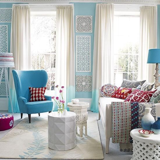 Summer Living Room Ideas: Blue & White Living Room
