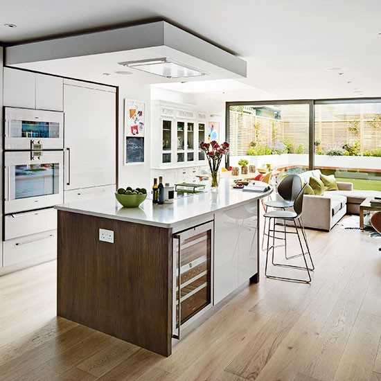 White Kitchen Designs On Open Plan: White And Wood Open-plan Kitchen