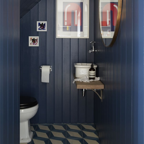 Update Your Bathroom With These Modern Decorating Ideas