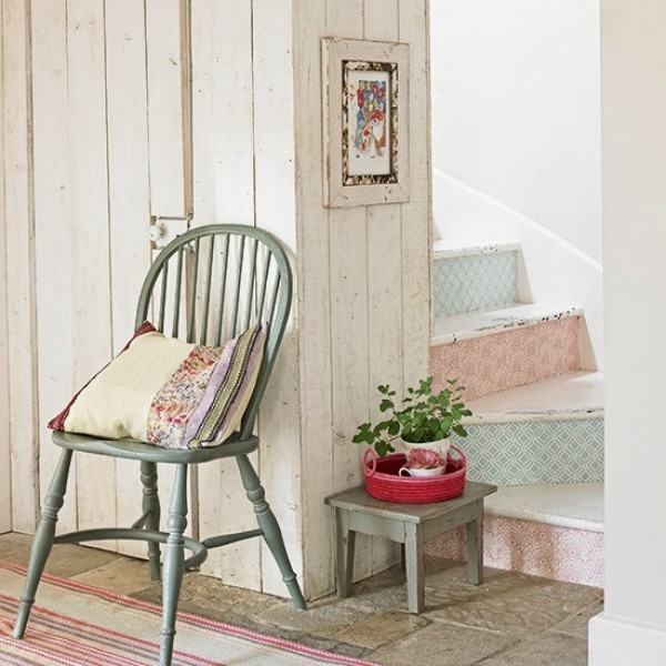 Staircase Ideas For Your Hallway That Will Really Make An: Statement Staircases: Make An Impact With These Easy Ideas