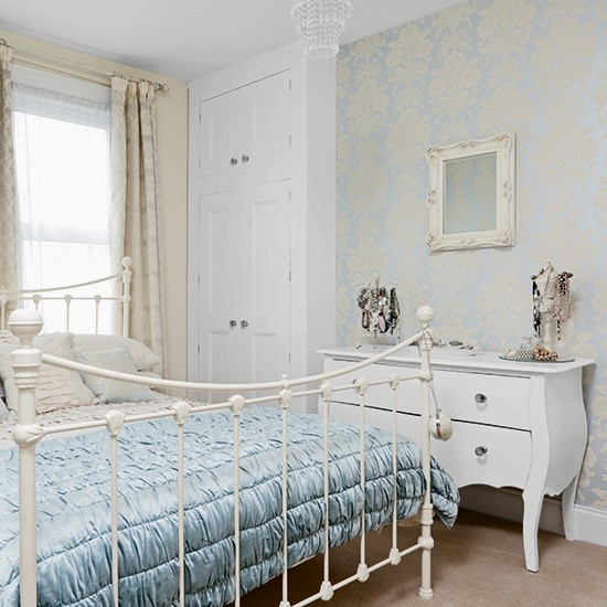 Bedroom Wallpaper Ideas Creative Bedroom Blue Wall Designs Dallas Cowboys Bedroom Paint Ideas Bedroom Interior Design Ideas India: Powder Blue Bedroom With Damask Wallpaper