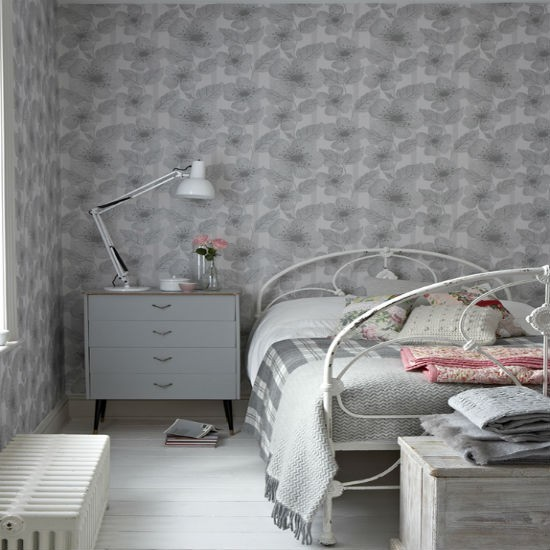 Gray Wallpaper Bedroom Tumblr Bedroom Ideas Quotes Bedroom Door Hard To Close Bedroom Painting Colours Combinations: Understated Grey Walllpaper