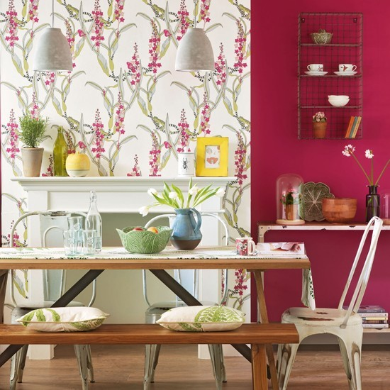 Small Dining Room Decorating Ideas: Small Dining Room With Bench Seating And Red Decorating