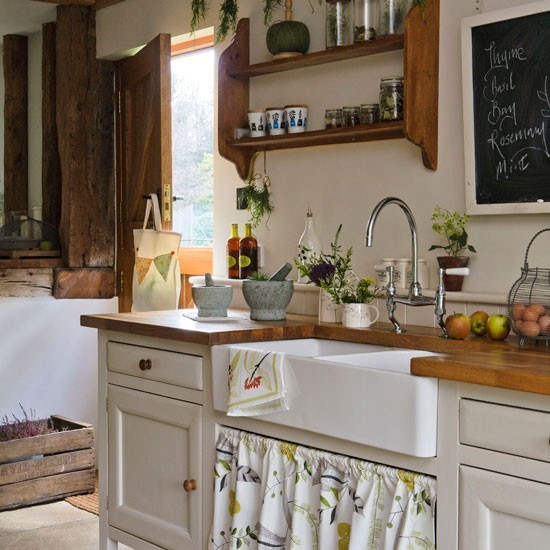 Rustic Open Kitchen Plans: Rustic Kitchen With Wood Worktops And Open Shelving
