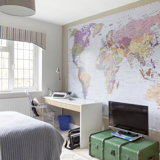 Teen Boy S Room With Map Mural Boys Bedroom Ideas And