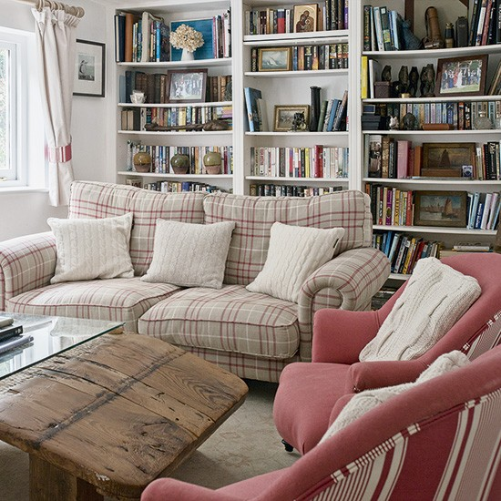 Country Living Room With Built-in Bookshelves