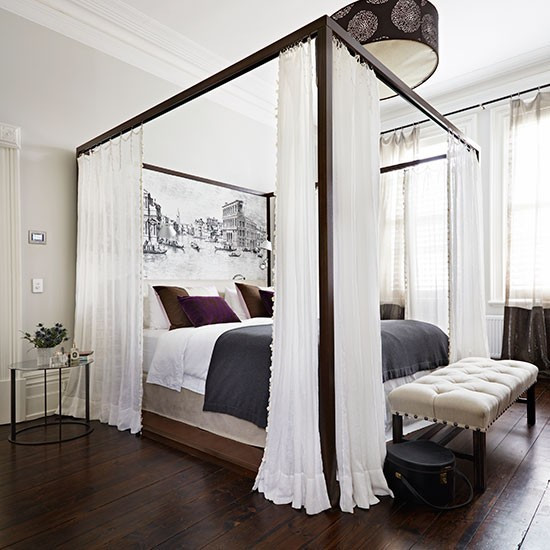 Romantic Bedroom With Four-poster Curtained Bed