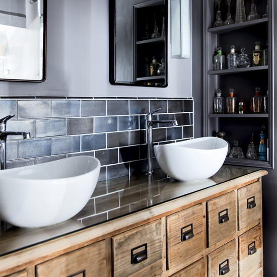 Bathroom | Be inspired by this replanned 1890s property ...