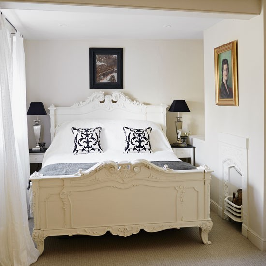 Guest Bedroom White And Gray: Take A Tour Of This Wiltshire Rectory