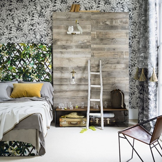 Yellow And Green Bedroom With Trellis-design Headboard