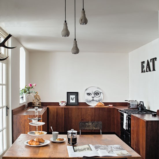 Contemporary London Home: Take A Tour Around This Quirky Meets