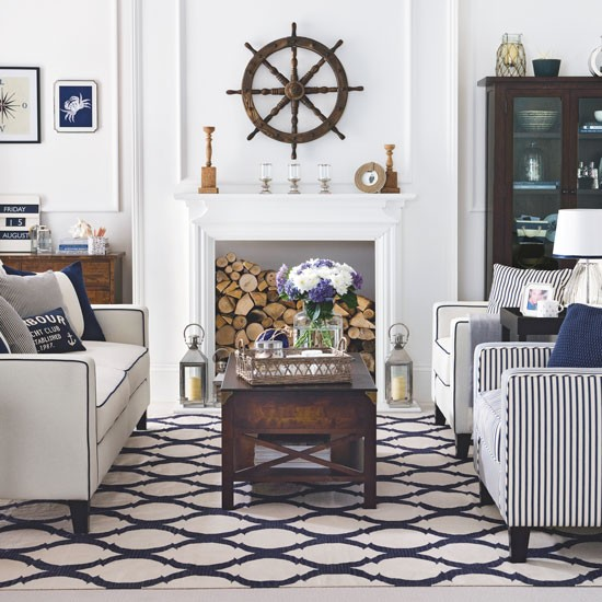 Nautical Decorating Ideas: Nautical Living Room With A Hampton's Theme And Ship's