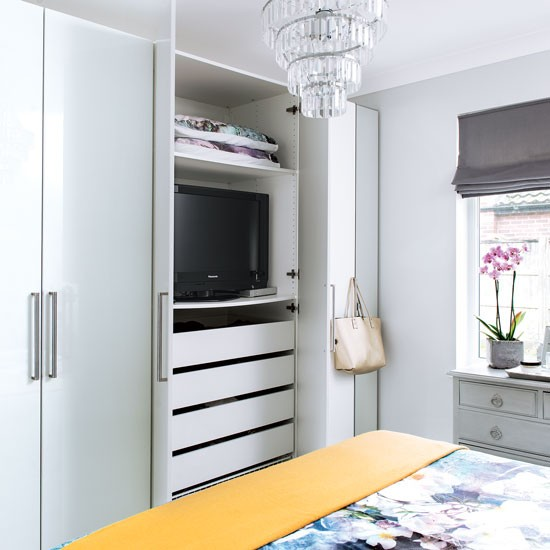 Minimise Clutter With Modular Wardrobes