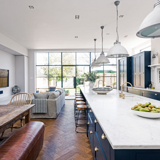 Kitchen Island Unit Lights: Modern Garden With Conservatory Extension With Glass