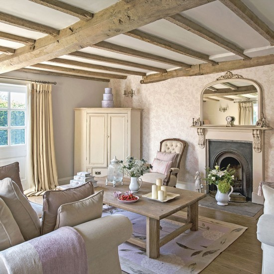 Farmhouse Sitting Room: Regency Country Cottage Living Room With Exposed Beams