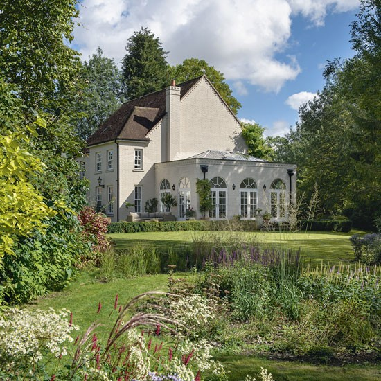 Housetohome Co Uk: Step Inside This Beautiful Hampshire Country House