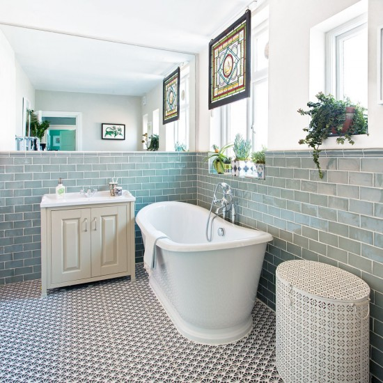 7 Traditional Bathroom Ideas: Neutral Bathroom With Statement Patterned Floor