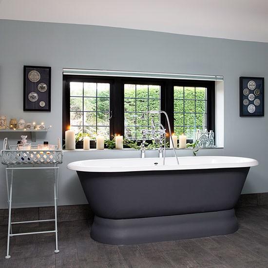 Grey Country Bathroom With Rolltop Bath: Classic Grey Bathroom With Roll-top Bath